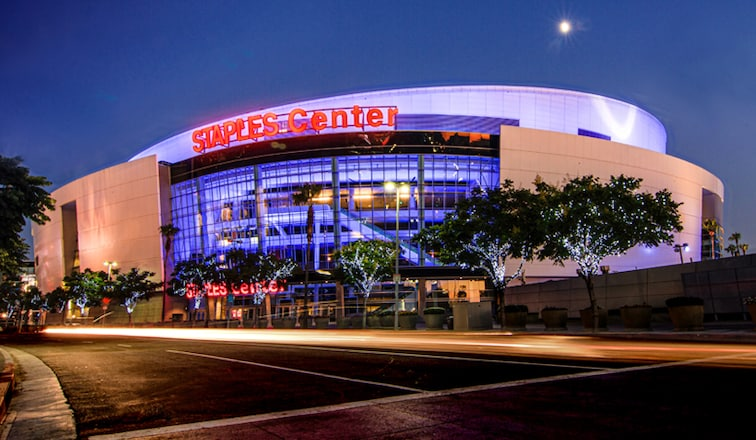 Staples center in Los Angeles that are perfect for sport lovers. | The Dating Diva