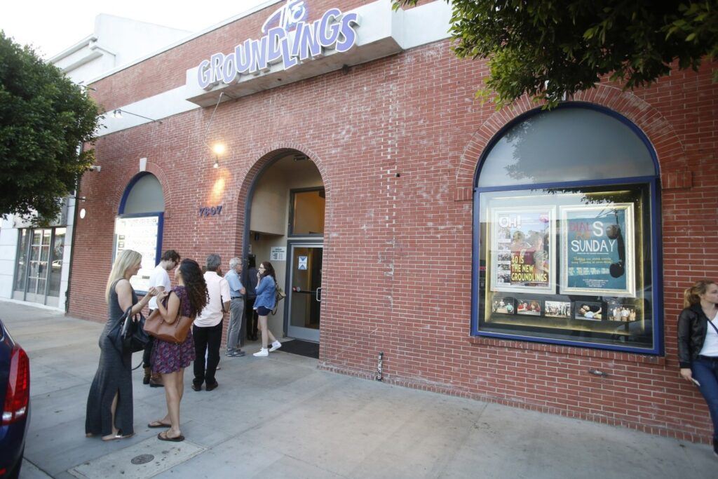 Audience waiting in line to go into The Groundlings for a date. | The Dating Diva