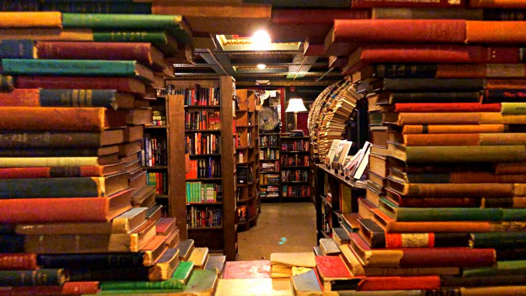 The Last bookstore is perfect for date night. | The Dating Diva