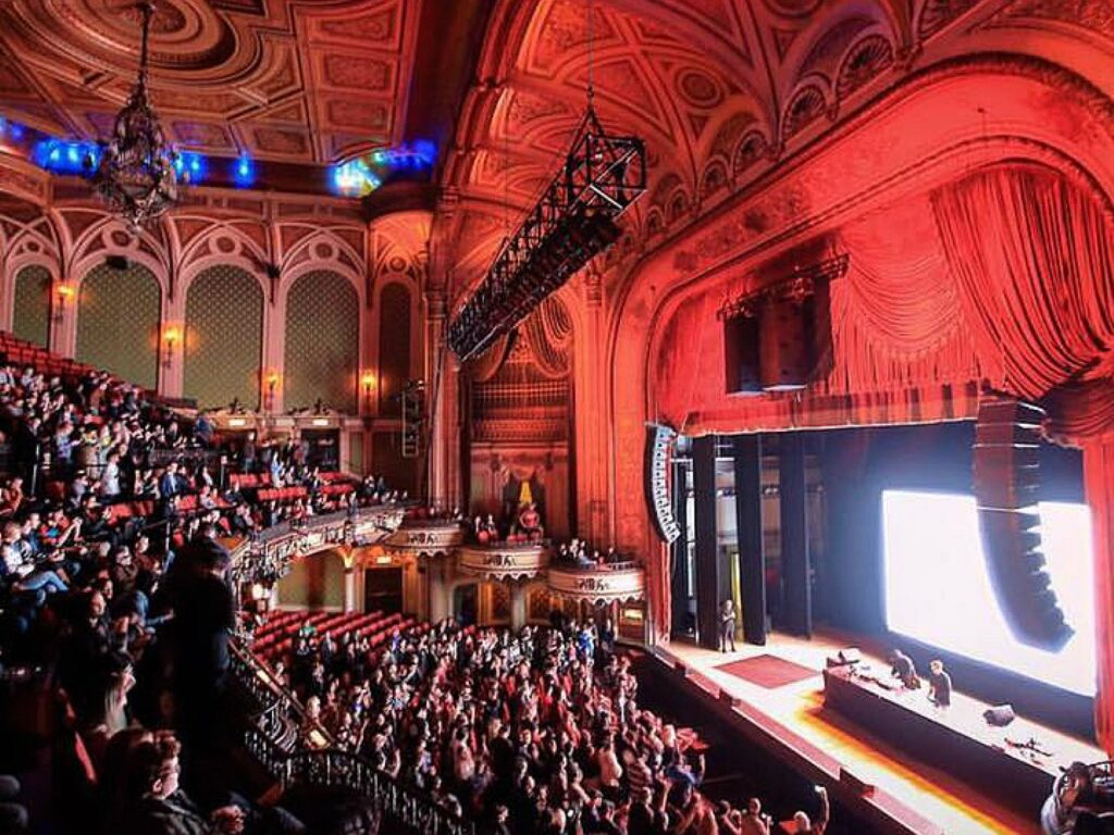 Audience watching in the Orpheum Theatre that are perfect for couples who love theatre | The Dating Diva
