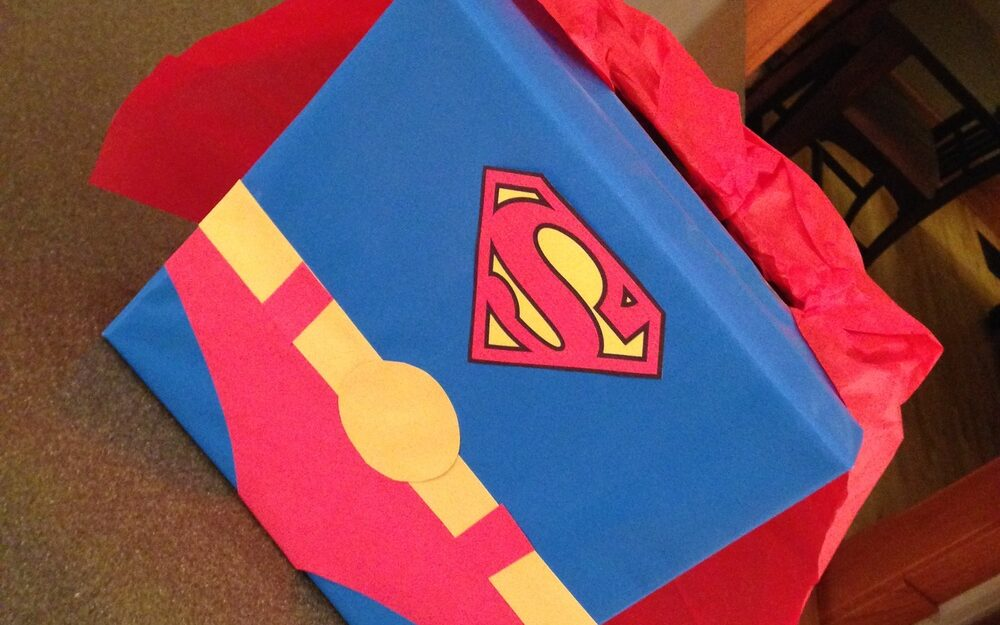 Box turned into a Superman themed Valentine's Day box for cards | The Dating Divas