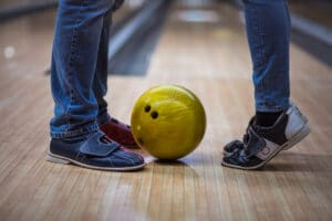 Bowling ideas that are perfect for group dates   The Dating Diva