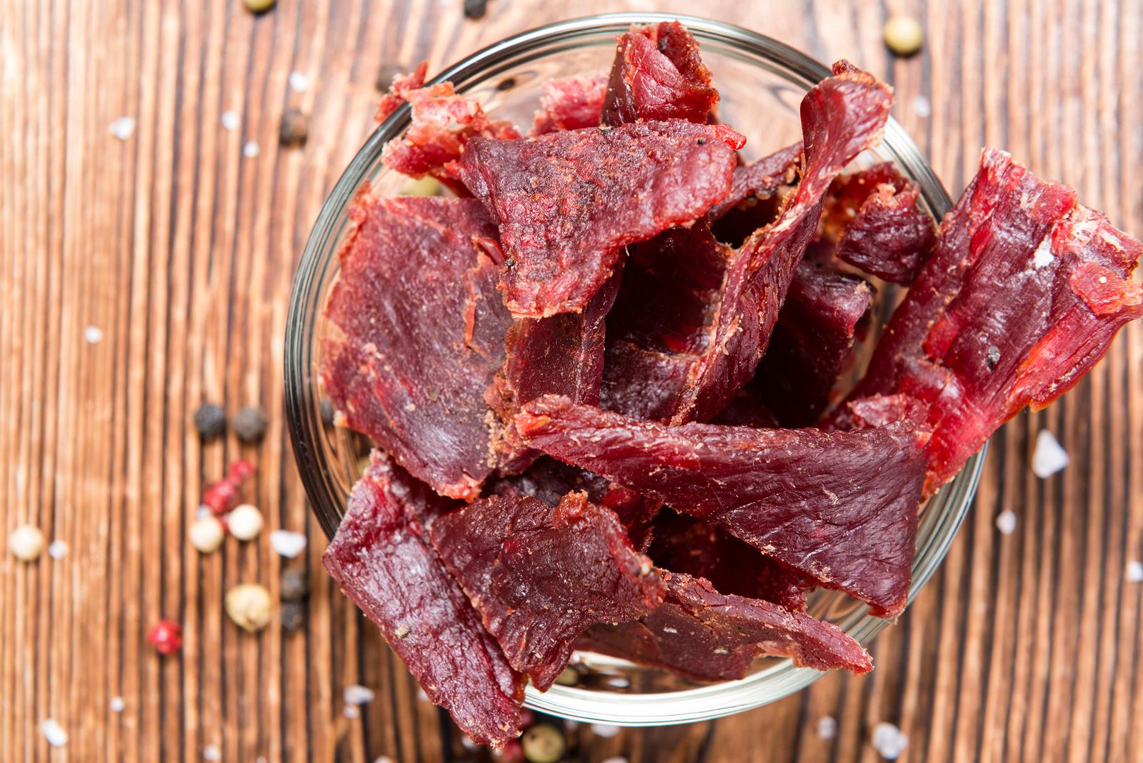 Homemade beef jerky gift idea | The Dating Divas