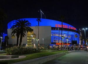 Staples center in Los Angeles that are perfect for sports lovers.   The Dating Diva