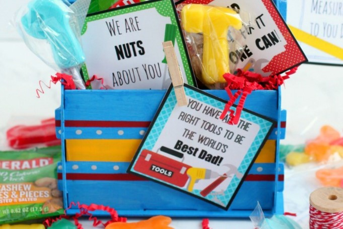 A gift basket full of thoughtful gifts for men who like tools | The Dating Divas