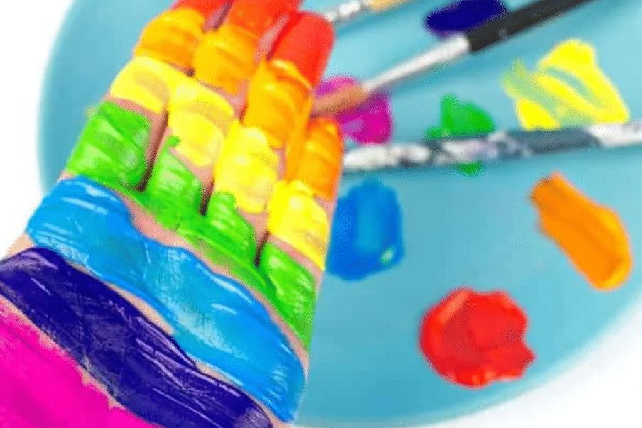 Rainbow paint preschool activities | The Dating Divas