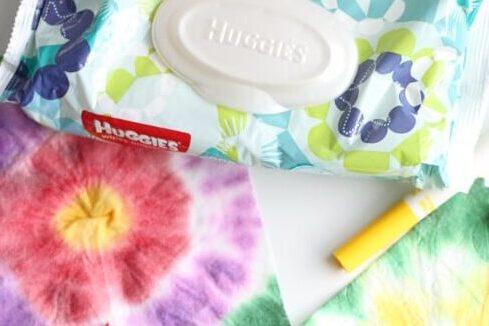 Baby wipe preschool activities at home | The Dating Divas