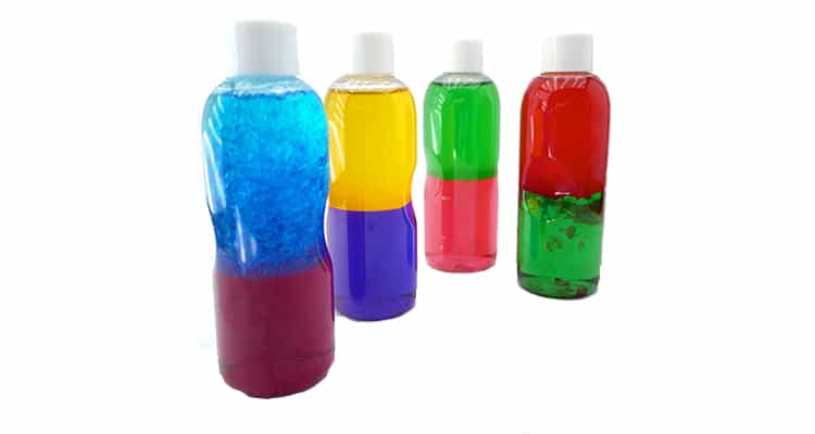 Oil and water sensory bottles for kids | The Dating Divas