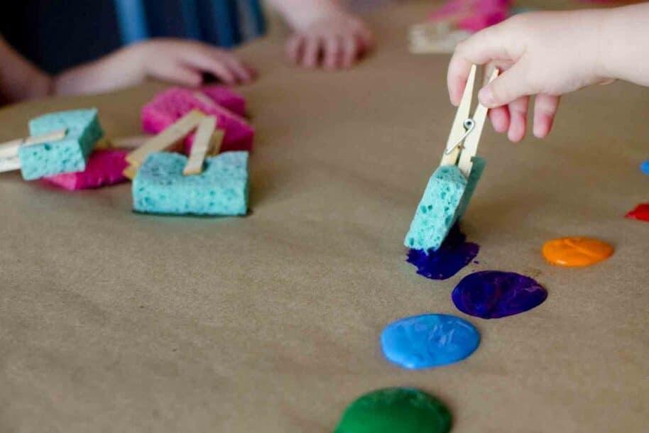 Sponge painting ideas for little kids | The Dating Divas