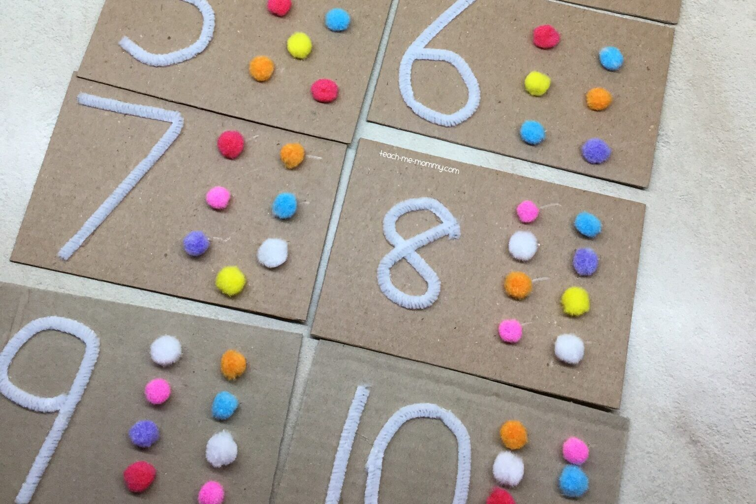 Sensory toddler activities that are focused on counting | The Dating Divas