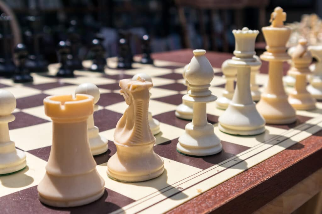 Chess game to play with your girlfriend | The Dating Divas