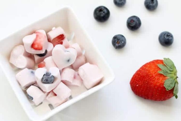 Frozen yogurt bites   The Dating Divas
