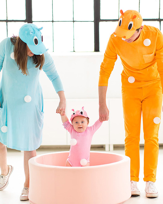 I love family costume ideas, and this hungry hippo one is ADORABLE! | The Dating Divas