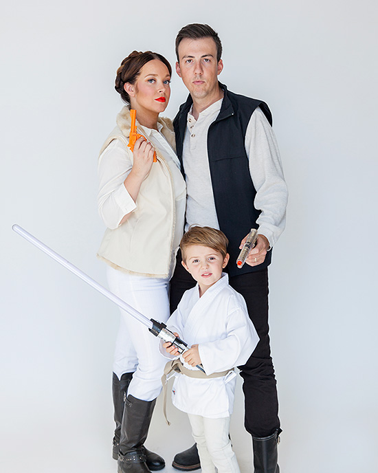 Awesome Halloween costumes for families. | The Dating Divas