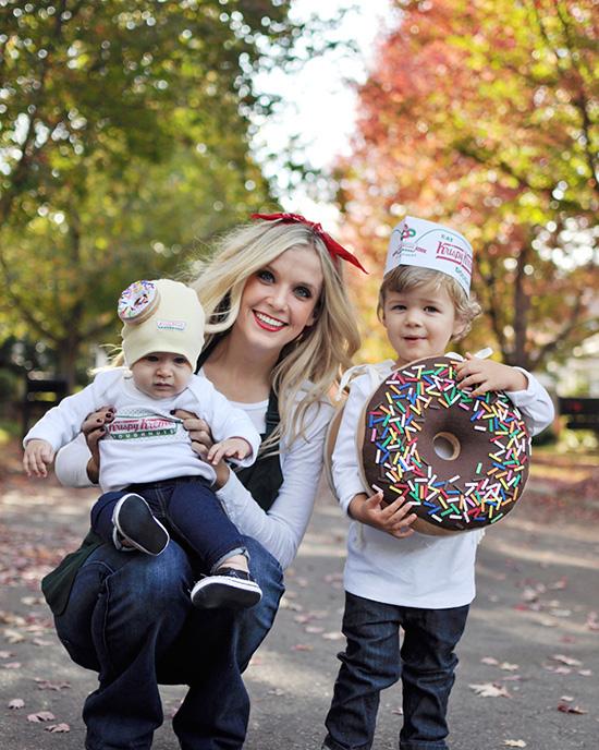 Donut shop family costume ideas. | The Dating Divas