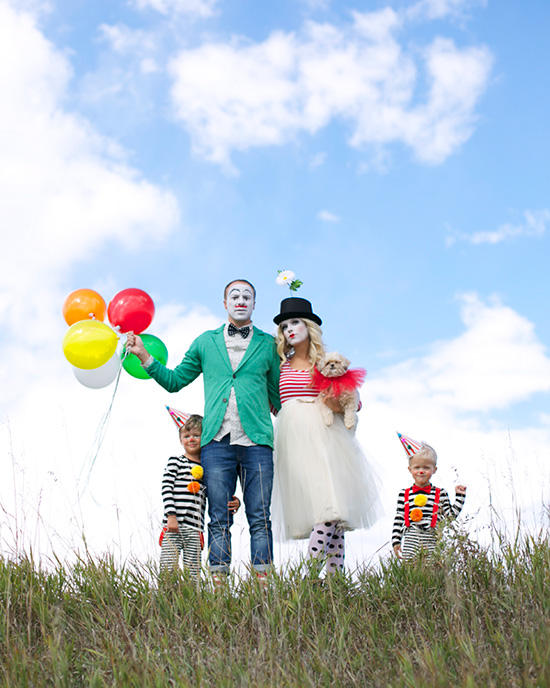 Family costume ideas can be posh just like these French circus clowns. | The Dating Divas
