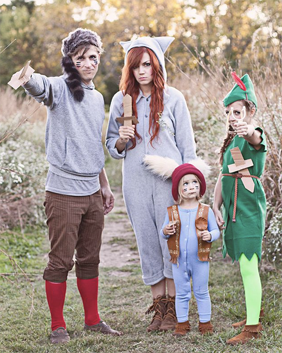 Gather your lost boys for this fun family costume idea. | The Dating Divas