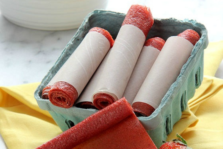 Easy strawberry fruit leather   The Dating Divas