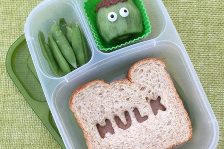 Hulk lunch   The Dating Divas