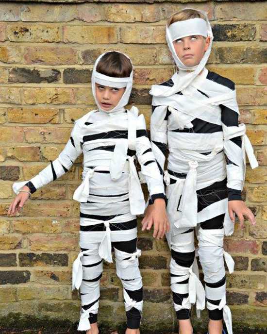Mummies are an easy homemade costume. | The Dating Divas