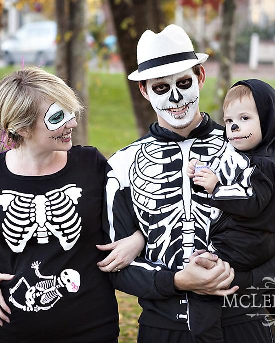 Skeleton family costume ideas. | The Dating Divas