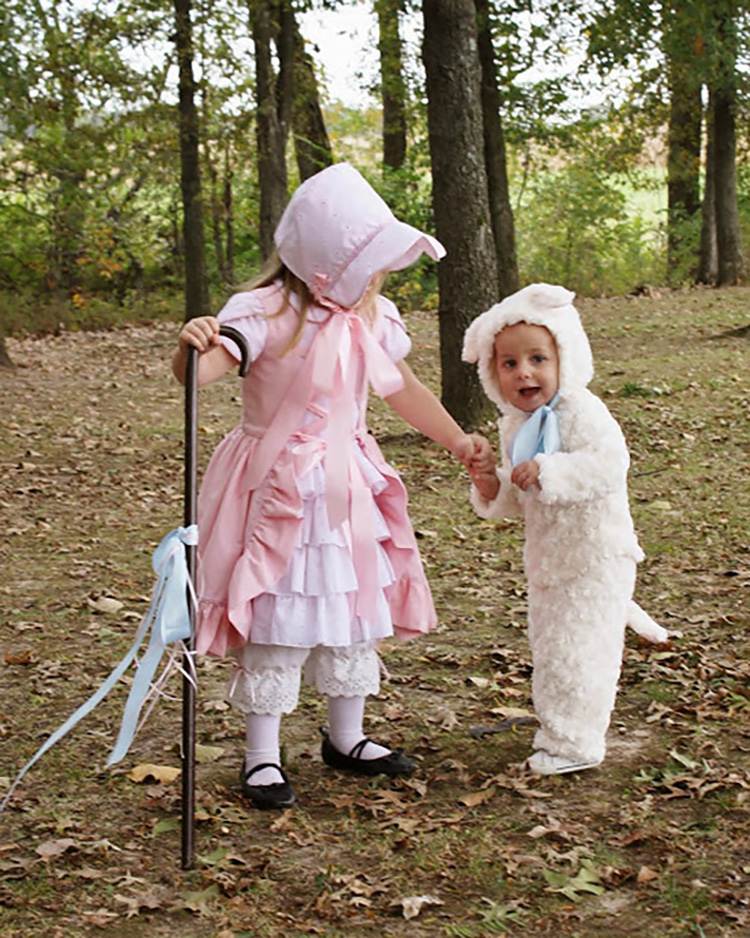Family costume ideas for nursery rhymes like Bo Peep and sheep. | The Dating Divas