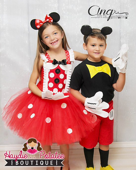 Disney family costume ideas for Mickey Mouse and Minnie costume. | The Dating Divas