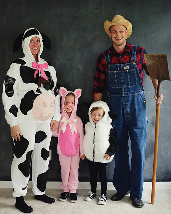 Farm themed family costume ideas. | The Dating Divas