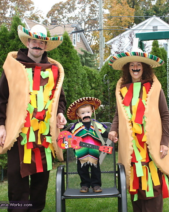 Taco and mariachi family costume ideas. | The Dating Divas