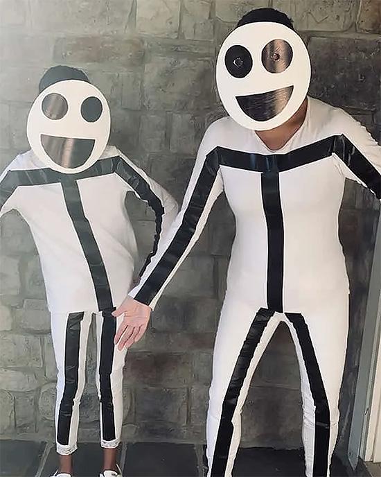Stick figure family costume ideas. | The Dating Divas