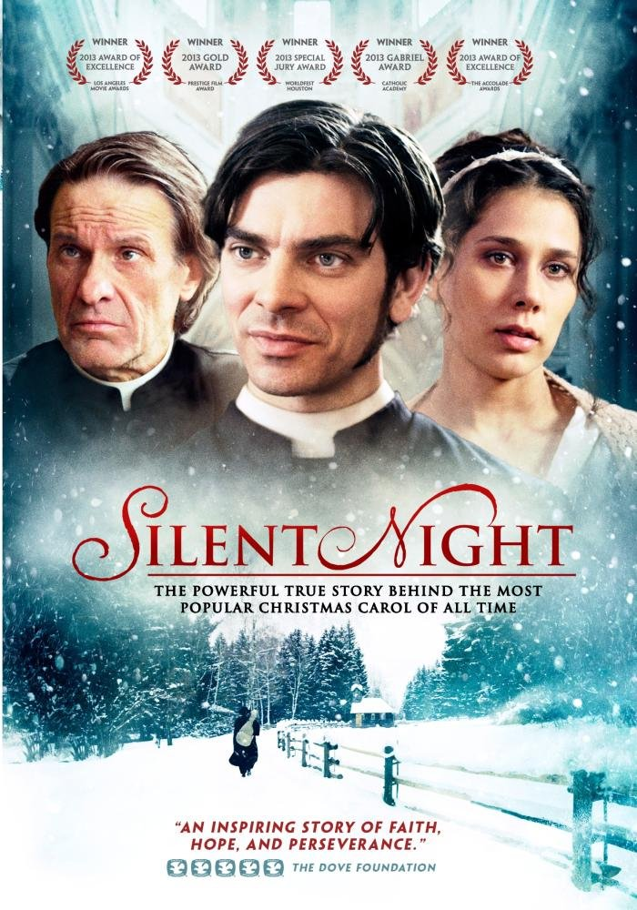 Learn about the true story of Silent Night in the sweet Christmas story. | The Dating Divas