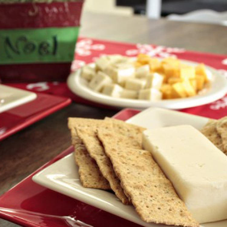 Holiday-Cheese-and-Chatter-Party-Ideas
