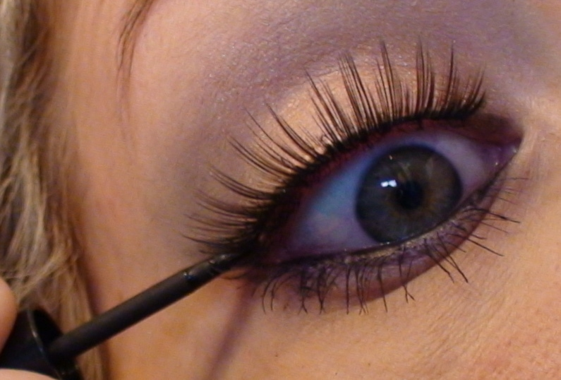 How to Apply False Eyelashes - Sexy Bedroom Eyes Tutorial