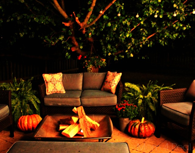 at home date night, how to plan a date night, fall themed date idea