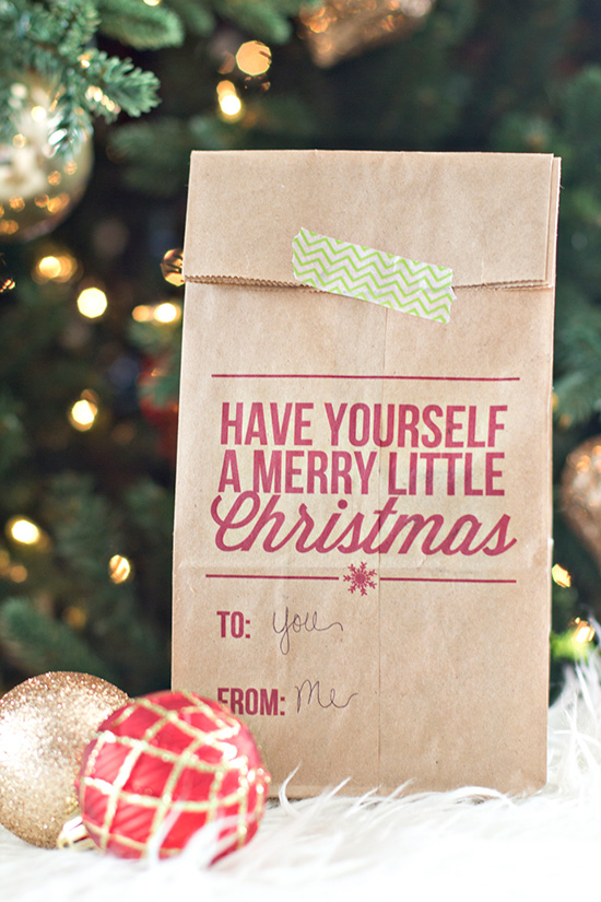 Printable Christmas Gift Bag- just run a standard brown paper bag through your printer! Great idea for packaging neighbor gifts and treats.