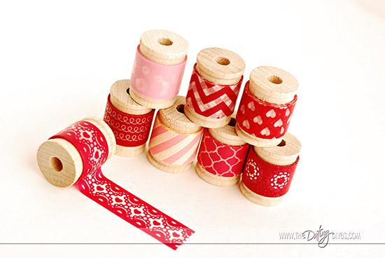 Sarina-ClothespinWreath-Pic4WebLogo