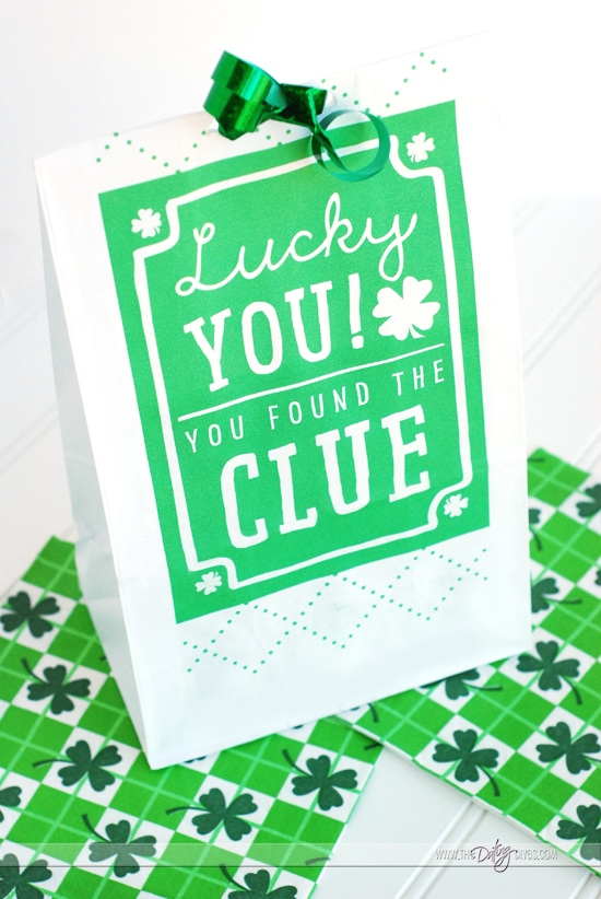 St. Patrick's Day Scavenger Hunt Clue Bags