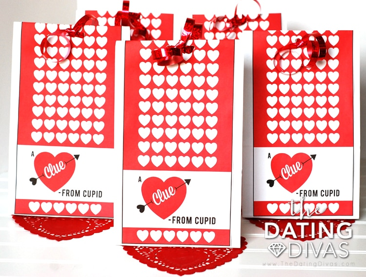 Valentine's Day Scavenger Hunt Clue Bags