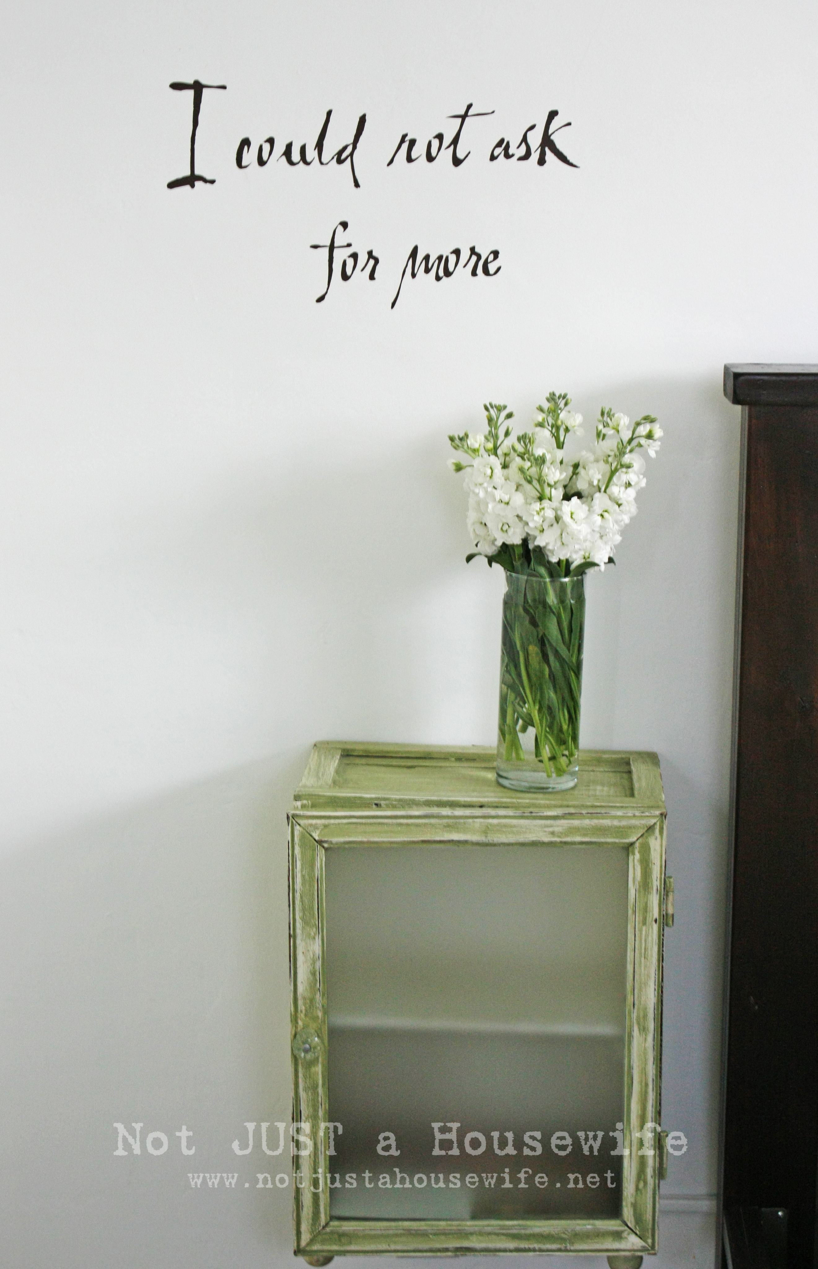 DIY side table for master bedroom ideas