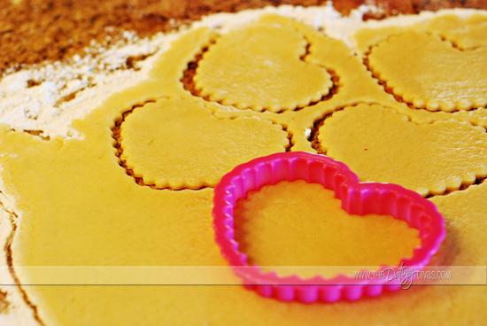 sarina-sweetheart-tarts-picture1LOGO